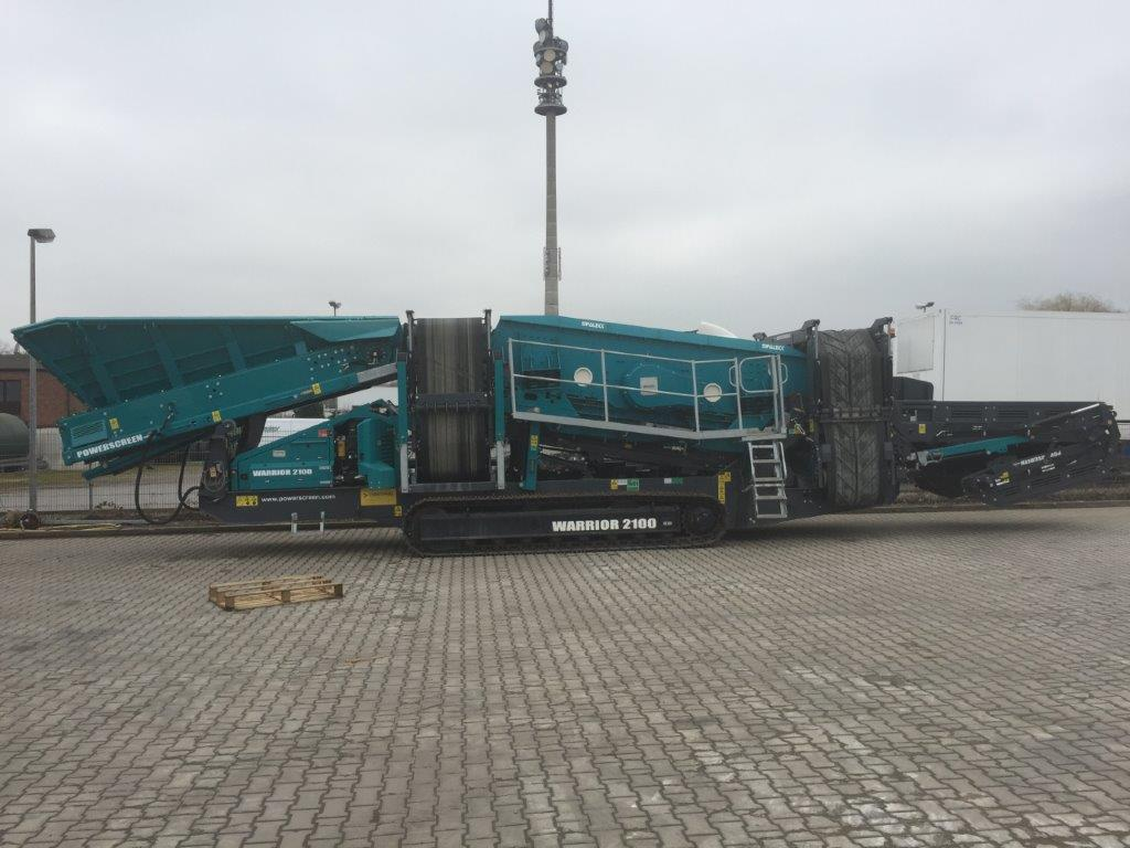 Powerscreen Warrior 2100 Spaleck Tracked Screen